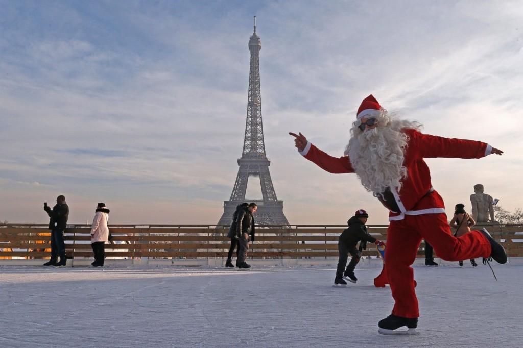 Lebih Sedekad Menara Eiffel